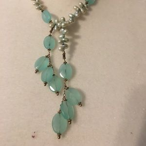 Jewelry - Pale green lariat necklace